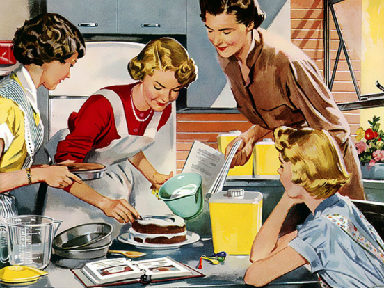 women-in-kitchen-640x480.png